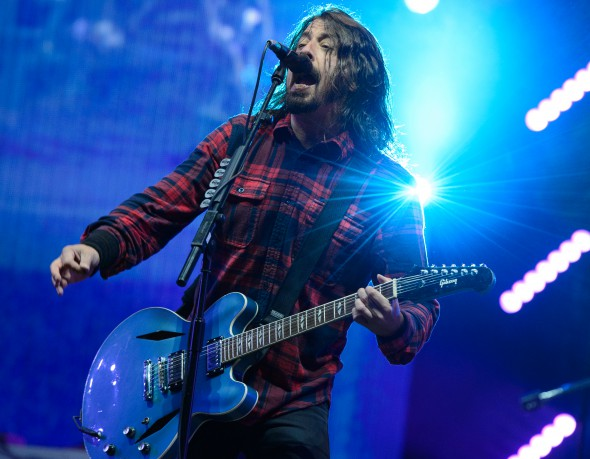 Dave_Grohl_of_Foo_Fighters_performs_at_BBC_Radio_1_Big_Weekend.jpg